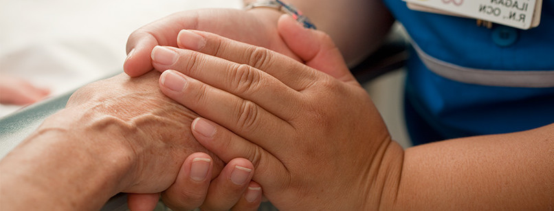 caregivers-guide-holding-hands